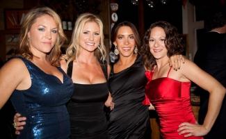 4-stunning-ladies